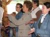 Uczestnicy spotkania integracyjengo biora udział w kursie tańca