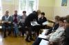 Uczestniczki Szkoły dla rodziców siedzące w sali w trakcie zajęć